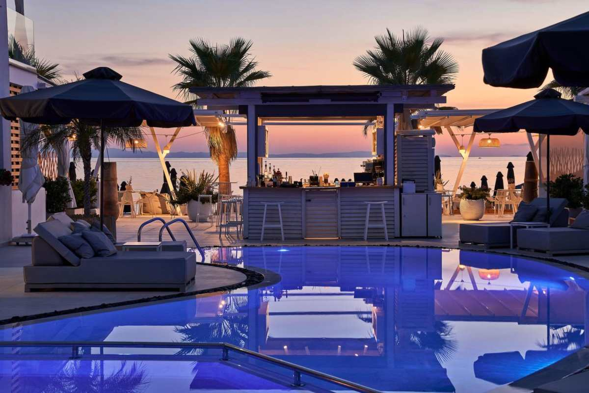 Icon Suites πισίνα