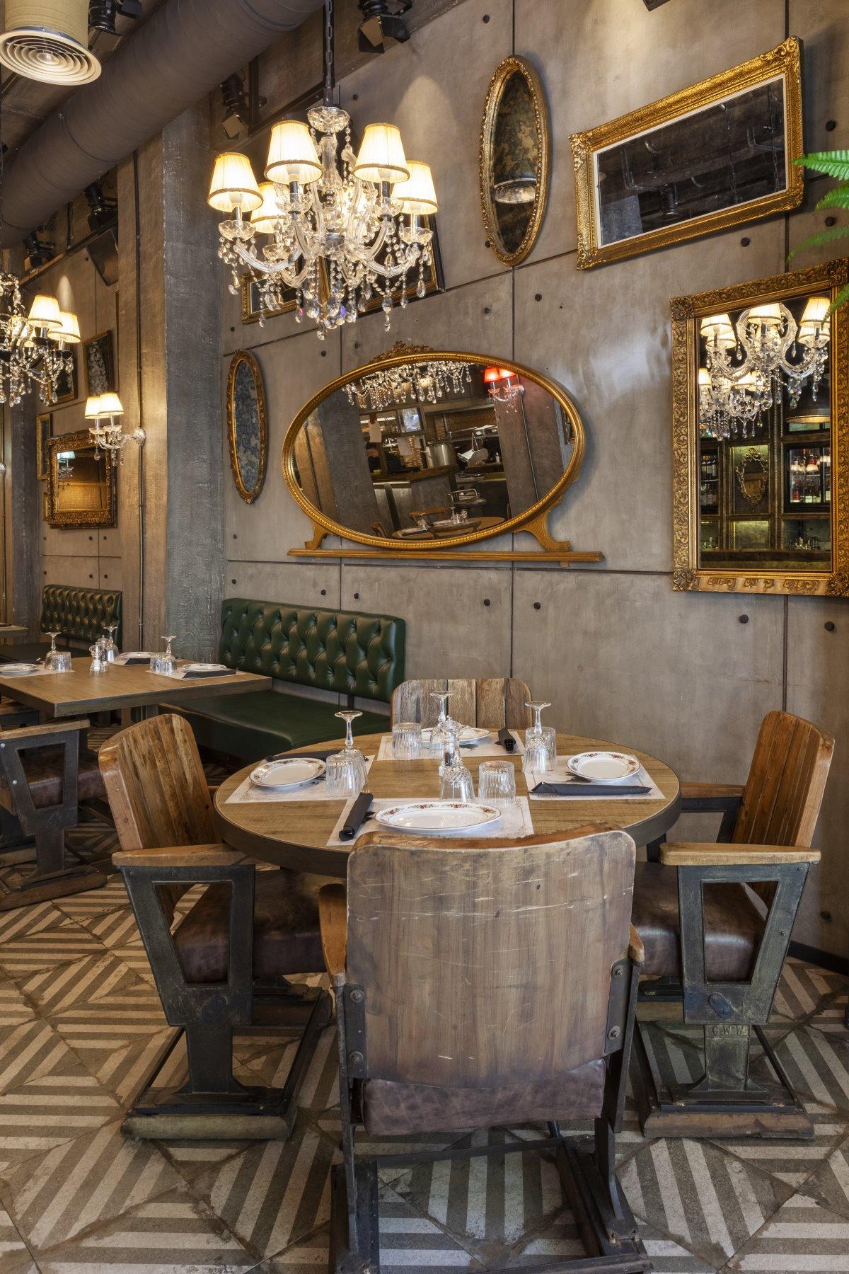 Εξαιρετικός ο εσωτερικός χώρος, του εστιατορίου Italida στον Πειραιά