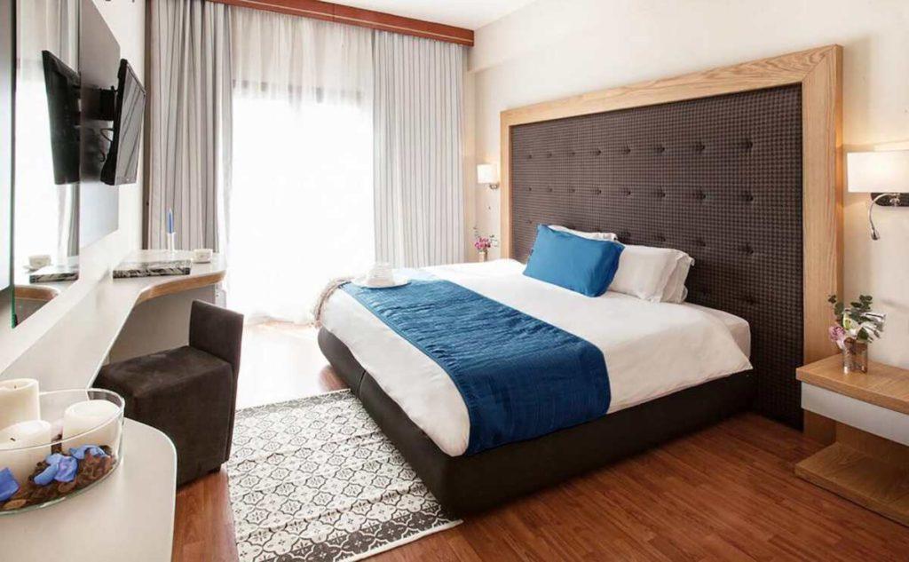 La Piscine Art Hotel κρεβάτι
