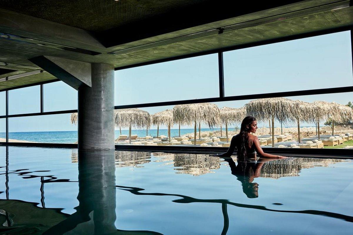 La Mer εσωτερική πισίνα