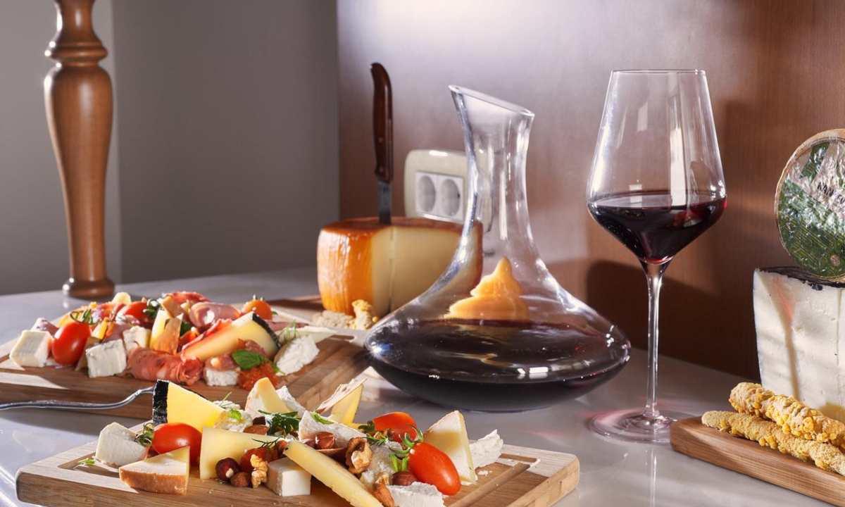 Legacy Gastro Suites φαγητά