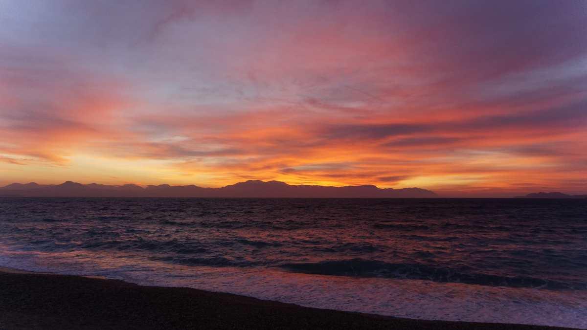 Ηλιοβασίλεμα, Λουτράκι