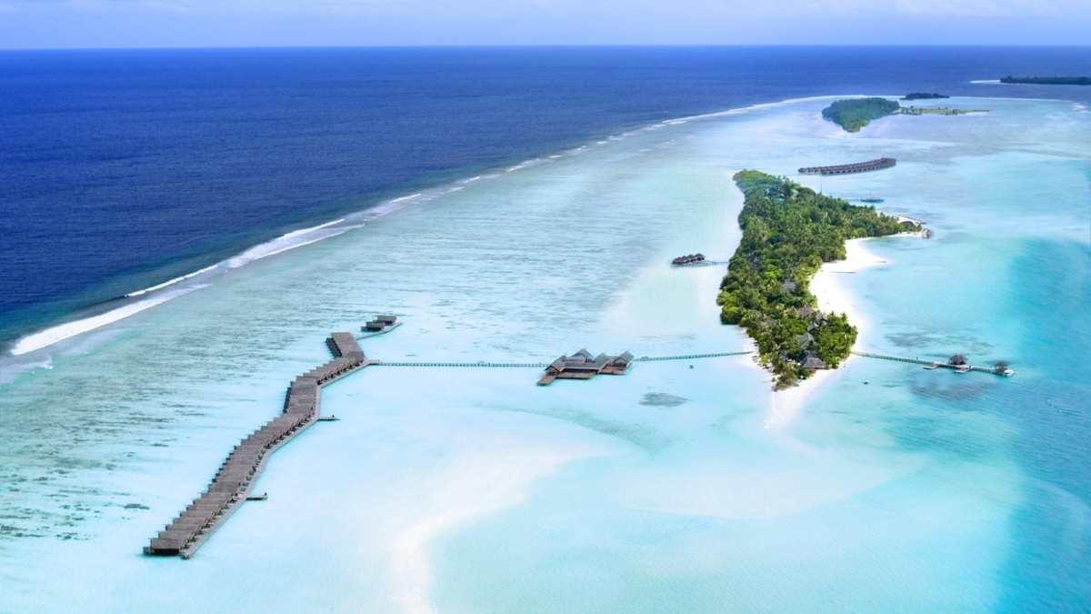 Lux Resort από ψηλά, Μαλδίβες