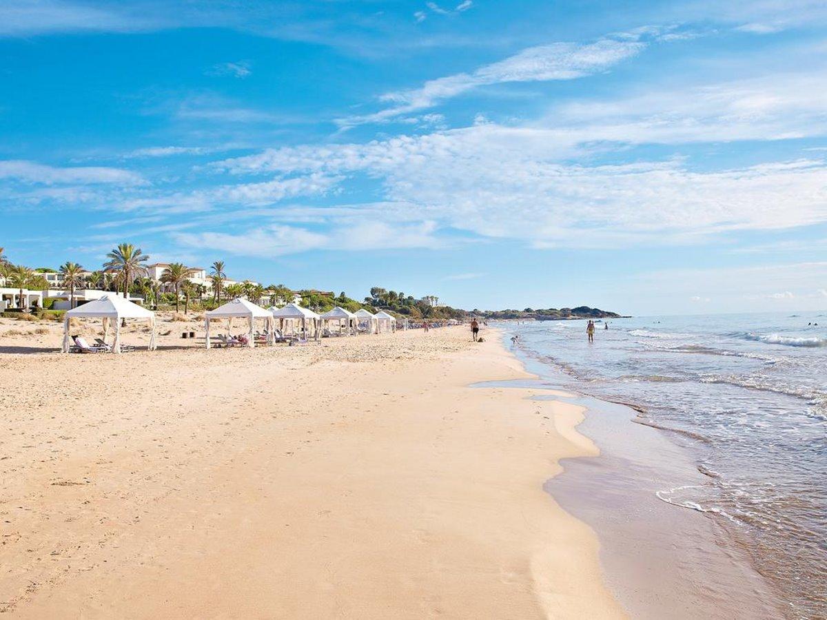 Παραλία Mandola Rosa