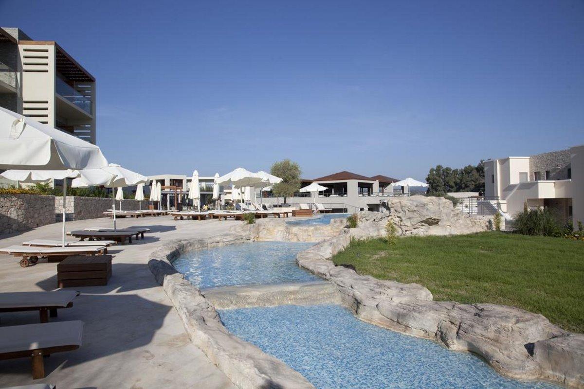 πισίνα Port Royal