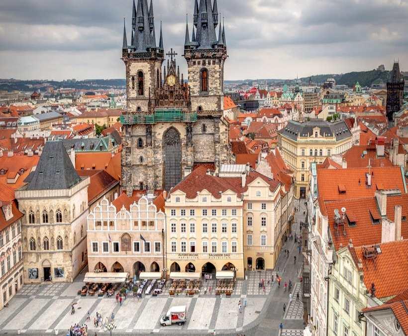 Πλατεία Παλιάς Πόλης, Πράγα