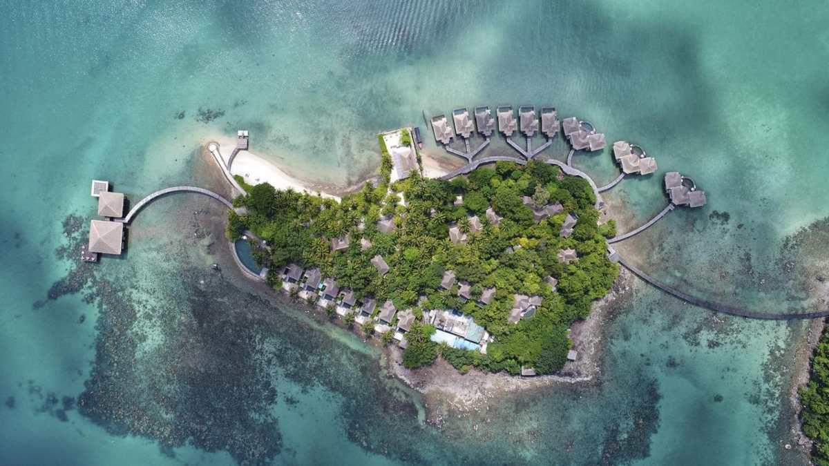 Ένα θέρετρο – ιδιωτικό νησί για τις πιο εξωτικές διακοπές της ζωής σας!