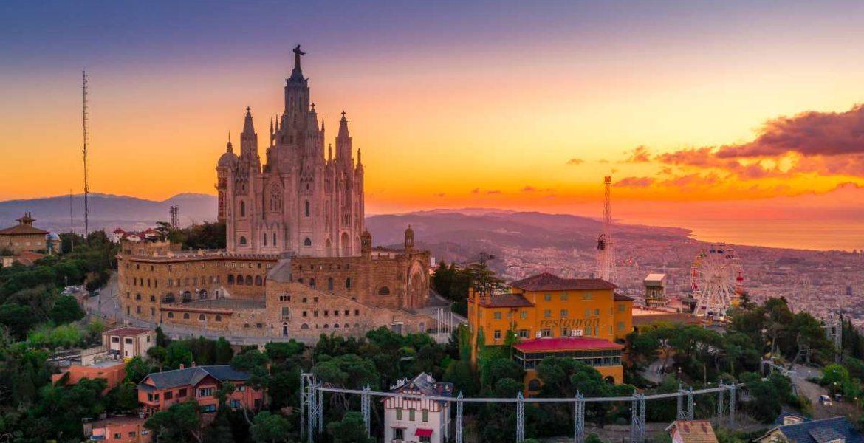 Κάντε μια ξενάγηση στα σοκάκια της Βαρκελώνης μέσα από μαγευτικές φωτογραφίες