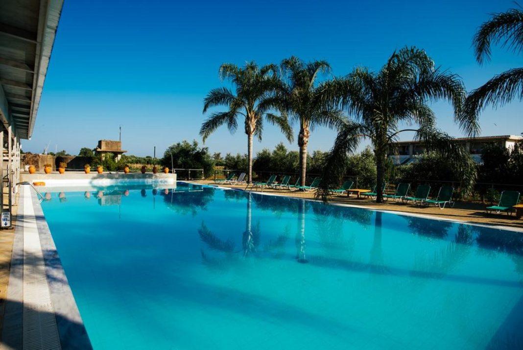 Zoe Seaside Resort Πύλος