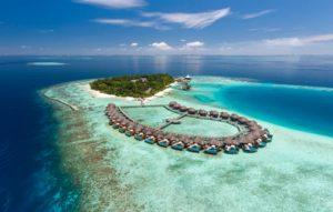 Travel+Leisure: 12 παραλίες στις Μαλδίβες που δεν θα πιστεύετε ότι υπάρχουν αν δεν τις δείτε με τα μάτια σας