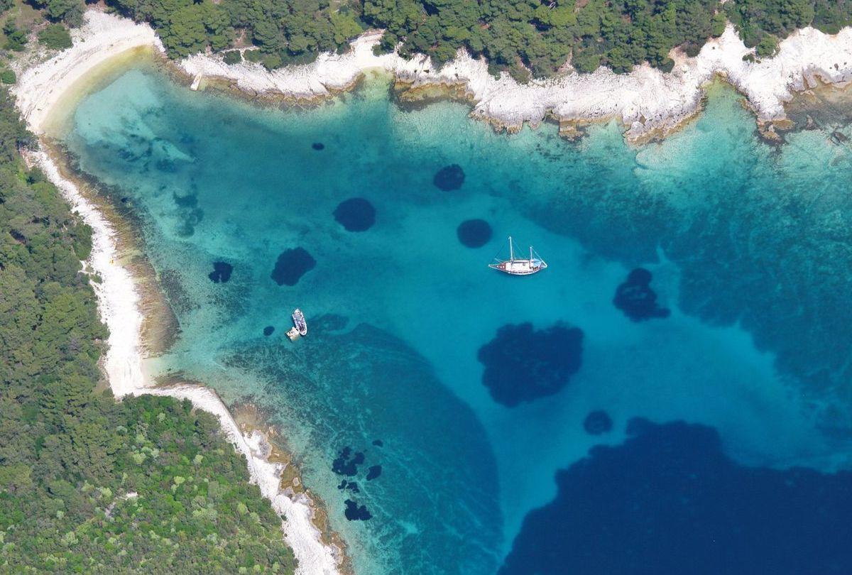 Λοσίνι θάλασσα από ψηλά