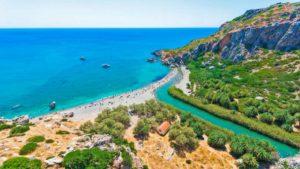 Παραλία Πρέβελη: Η μαγική παραλία στην Κρήτη με το φοινικόδασος και τον παραπόταμο