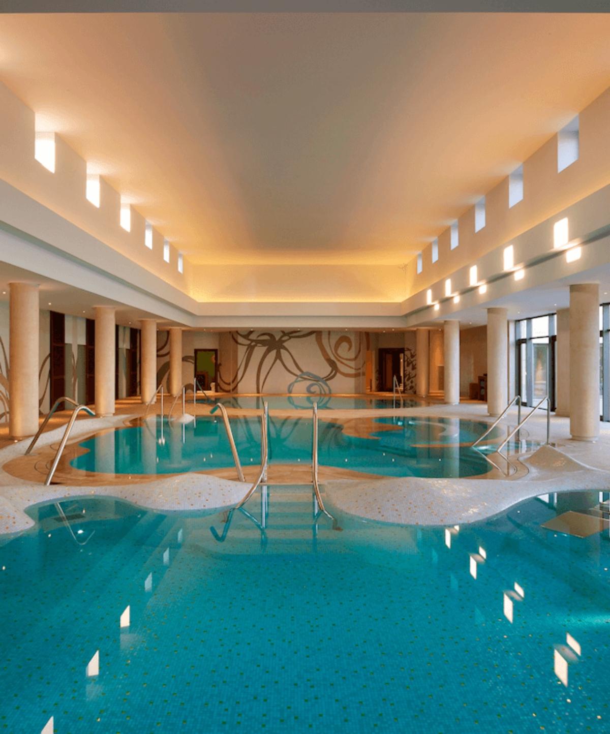 Westin Resort Costa Navarino η πισίνα στο σπα