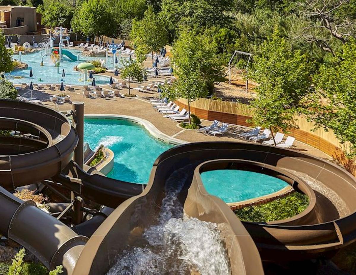 Westin Resort Costa Navarino νεροτσουλήθρες