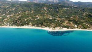 Λυγιά Πρεβέζης: Ένας ονειρεμένος παραθαλάσσιος οικισμός με υπέροχα νερά και εκπληκτικό φυσικό τοπίο!