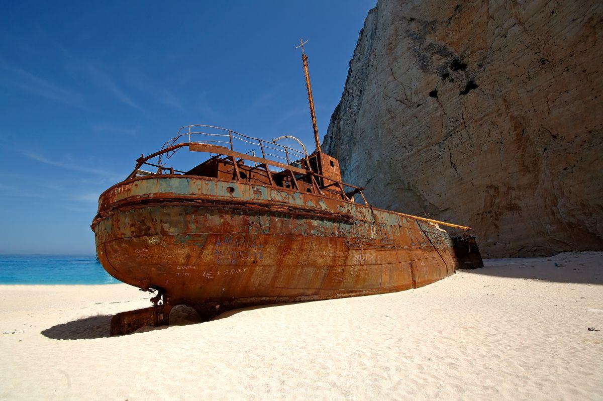 παραλία ναυάγιο το πλίο παναγιώτης