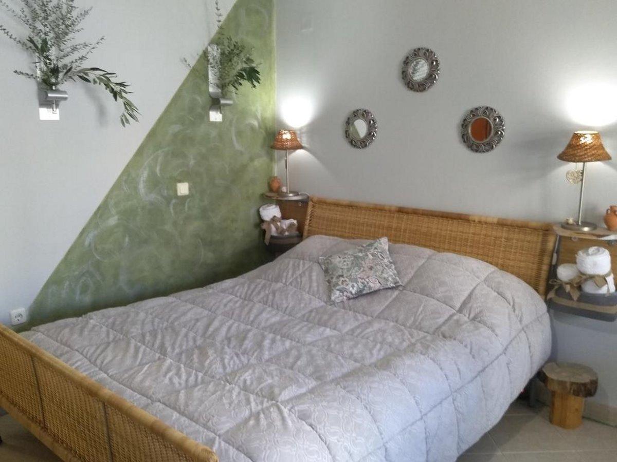 Nix Nax Καλαμάτα κρεβάτι