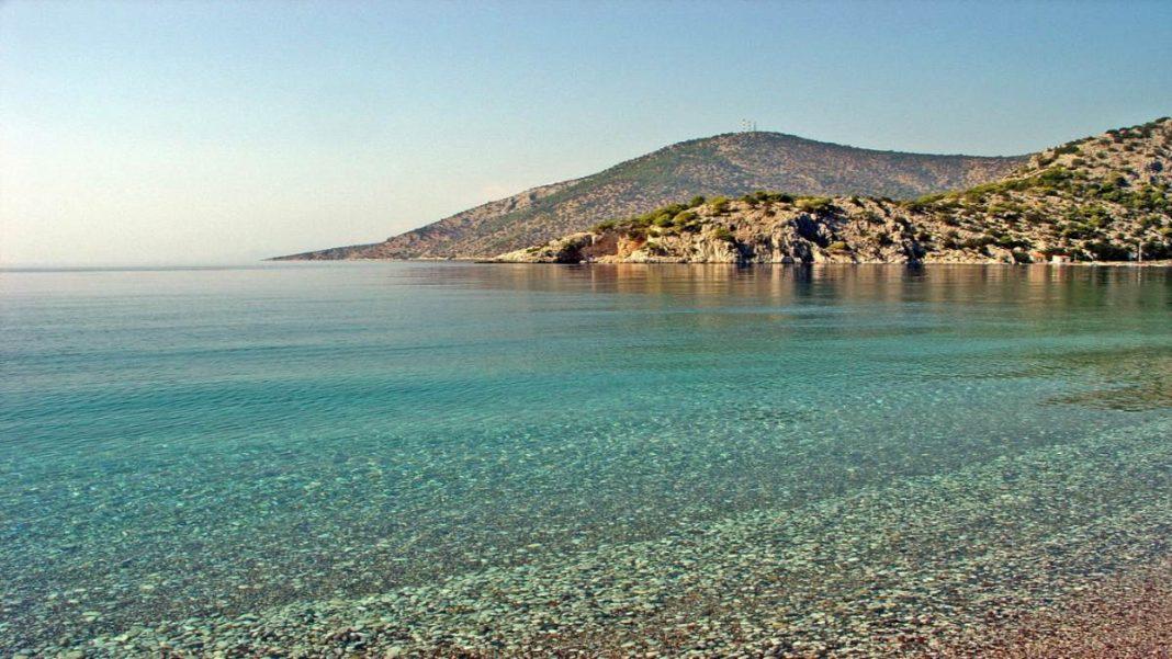 παραλίες αττικής με σκια
