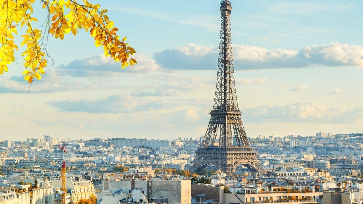 Παρίσι πρωί Πύργος Άιφελ