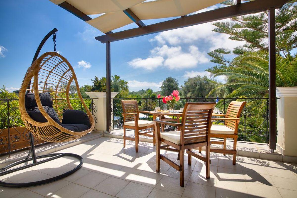 Paxos Club Resort & SPA μπαλκόνι και αιώρα