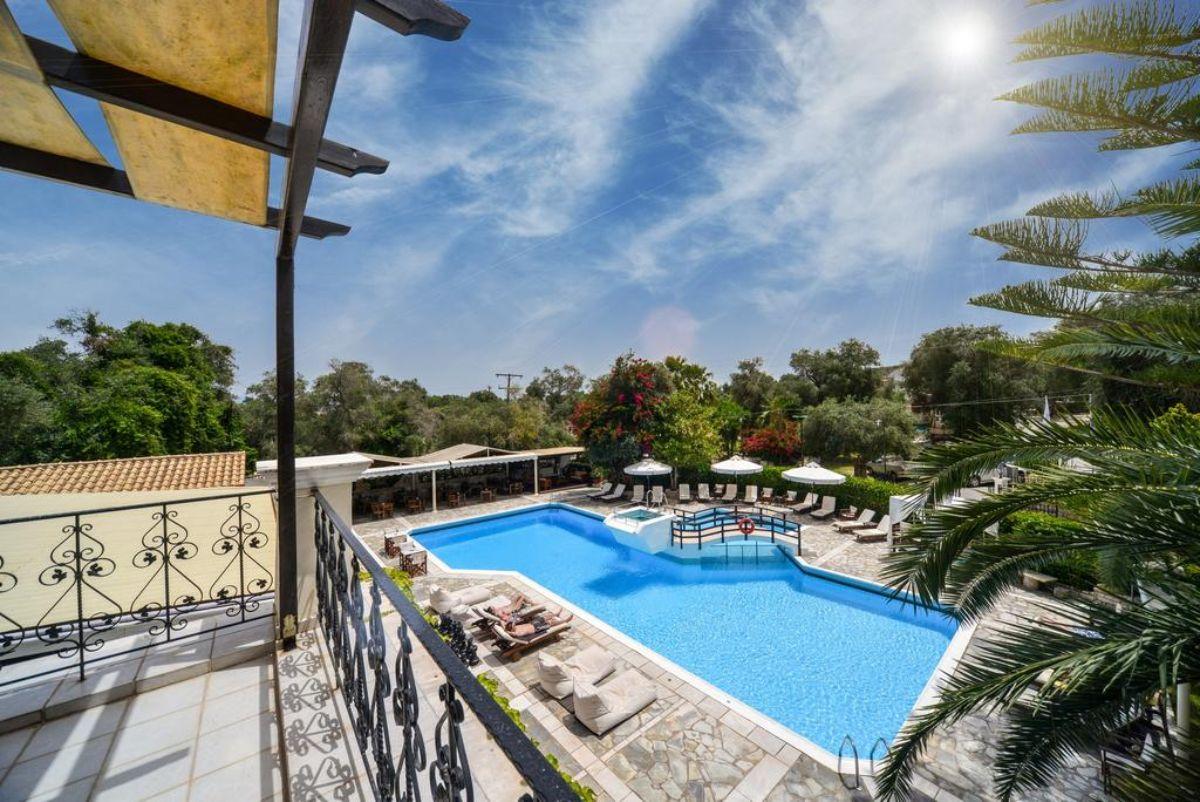 Paxos Club Resort & SPA πισίνα