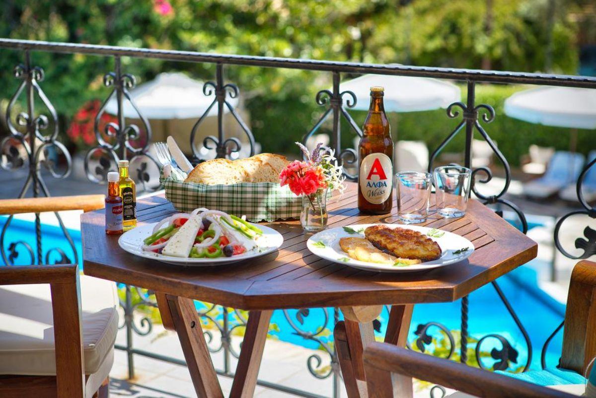 Paxos Club Resort & SPA μεσημεριανο