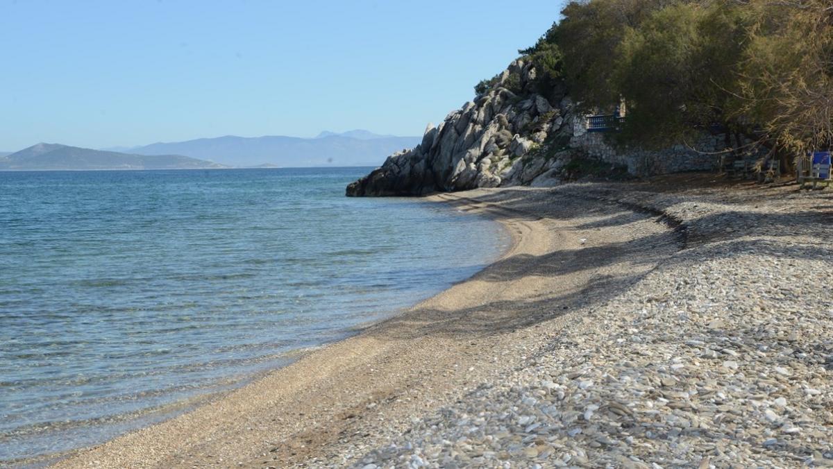 η παραλία στο σεσι στο γραμματικό