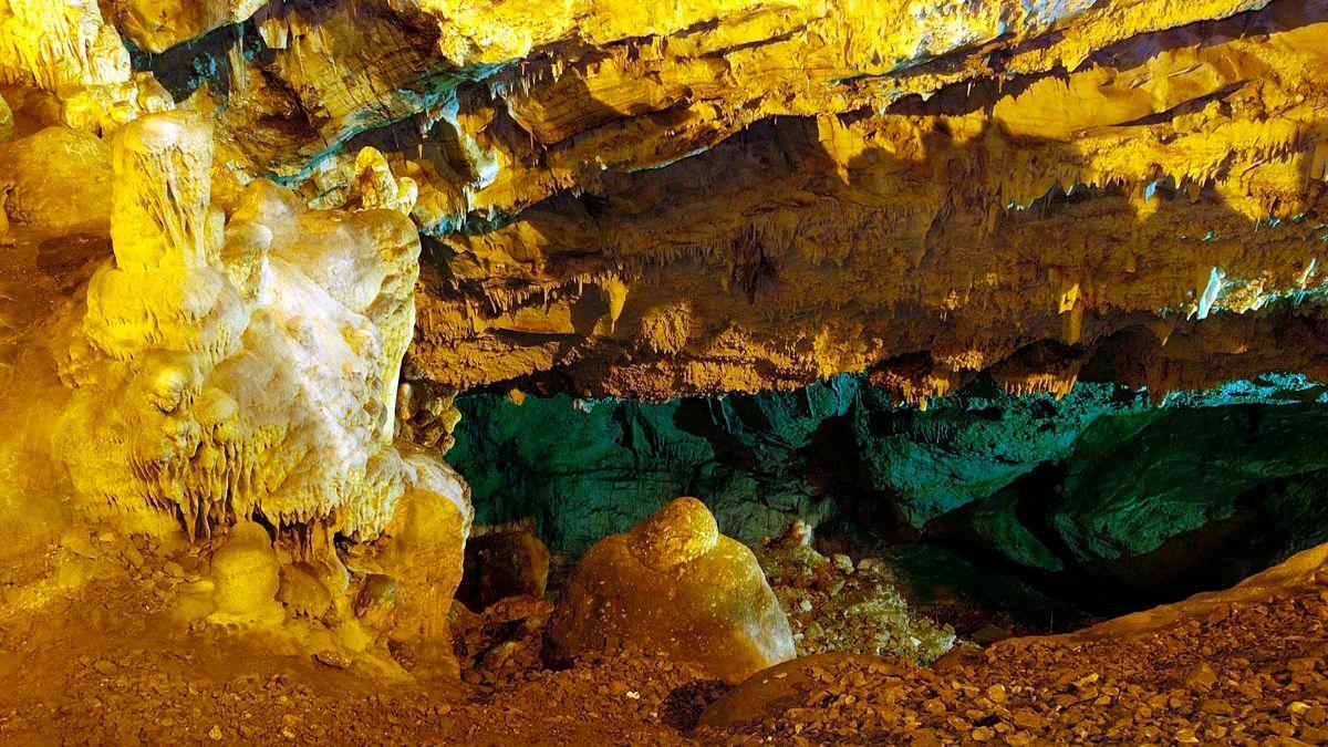 Σπήλαιο της Αντίπαρου