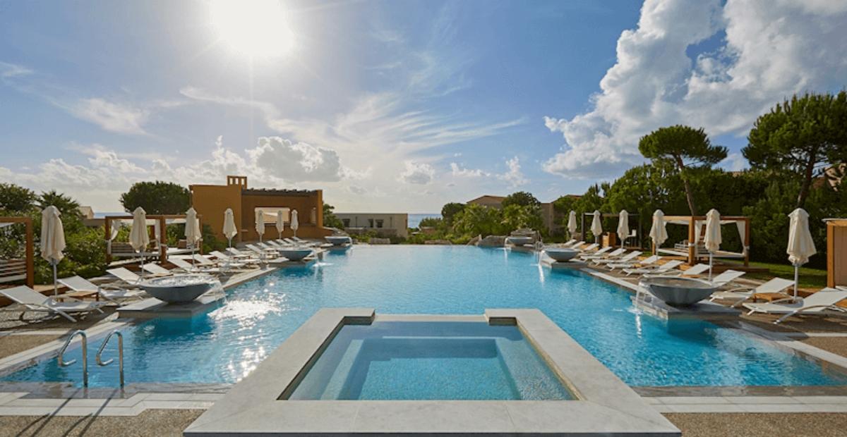 Westin Resort Costa Navarino πισίνα υπερχείλισης