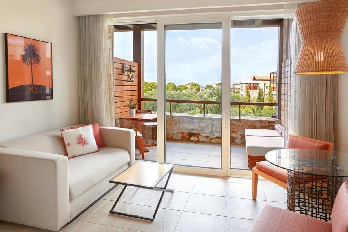 Westin Resort Costa Navarino ένα από τα δωμάτια με θεα στην φύση