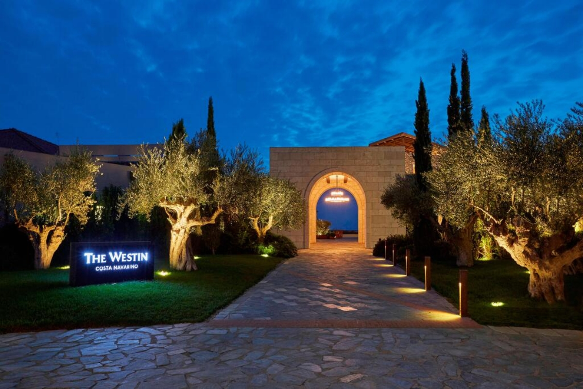 Westin Resort Costa Navarino είσοδος