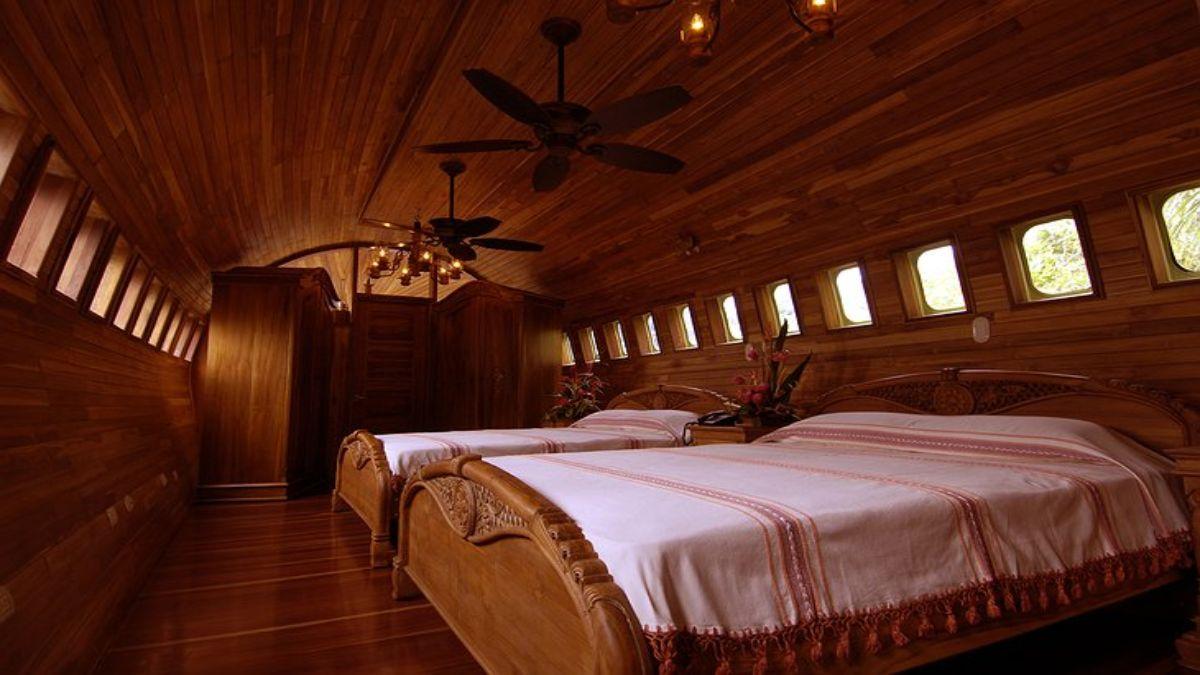 η κρεβατοκάμαρα στο αεροσκάφος