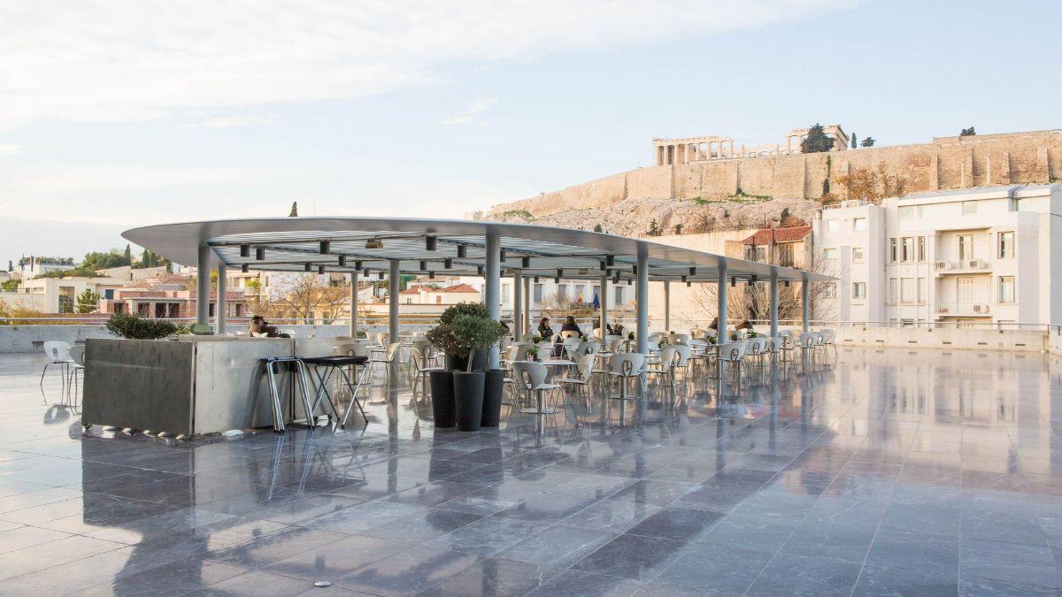 Καφέ στο Μουσείο Ακρόπολης