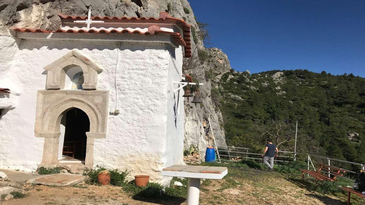 εκκλησάκι αγία μαρίνα πάρνηθα είσοδος