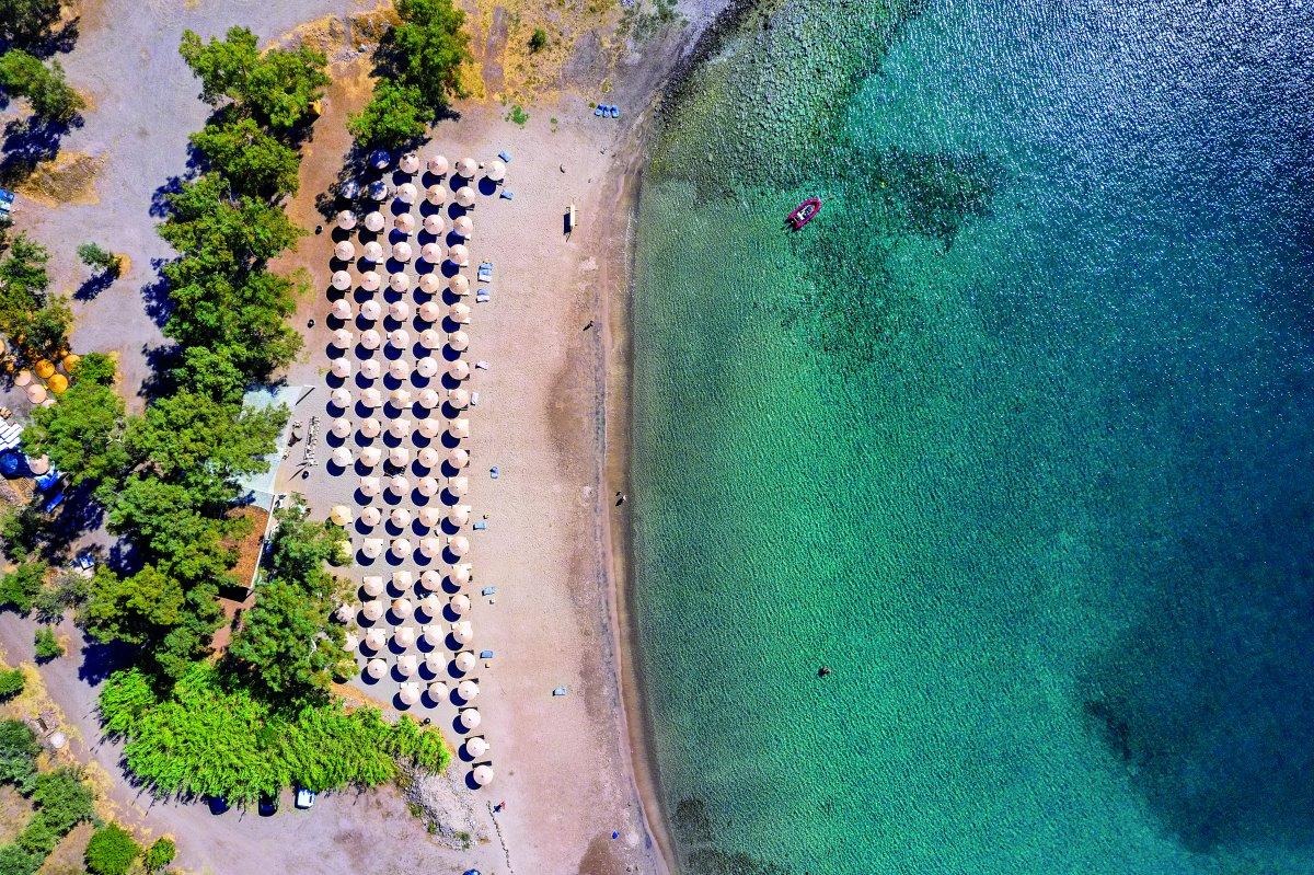 Παραλία στην Αίγινα