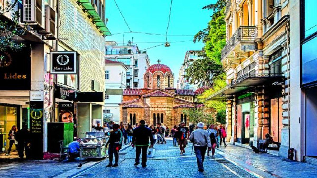 H Ερμού στην Αθήνα ο καλύτερος προορισμός για Νοέμβριο