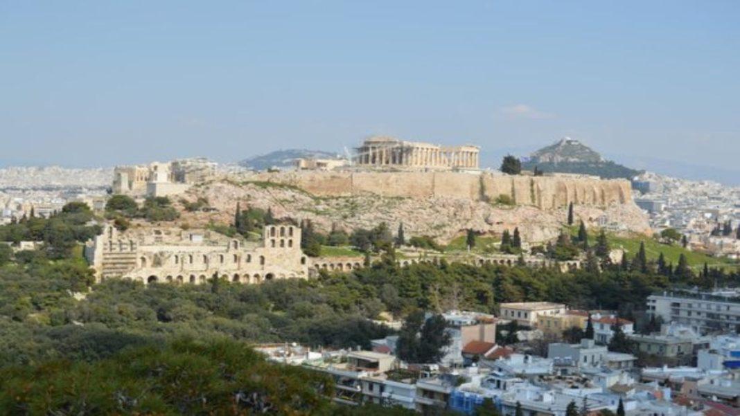 Λόφος Φιλοπάππου θέα στην Ακρόπολη