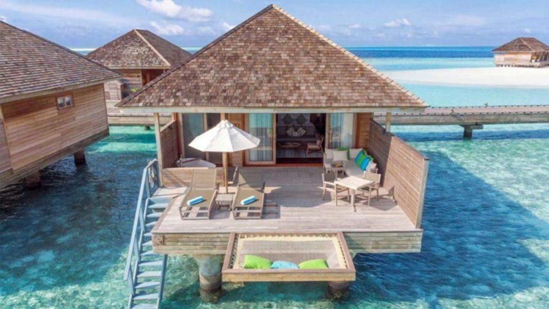 Μαλδίβες βίλες στο νερό