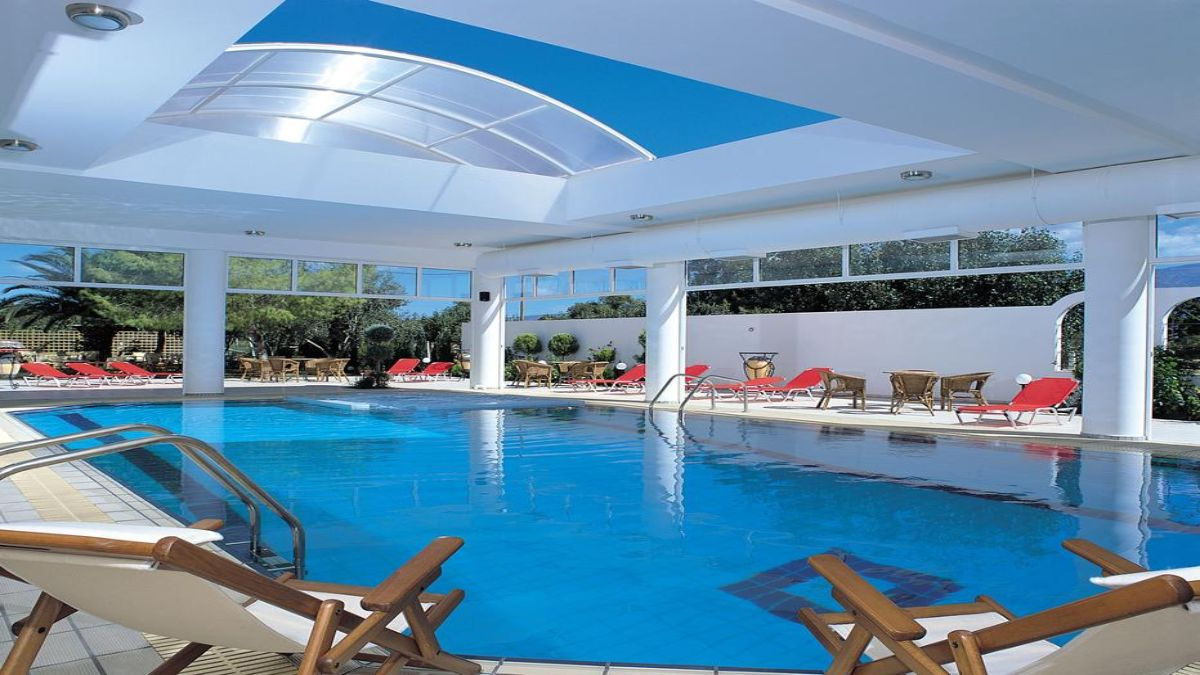 Kalloni εσωτερική πισίνα