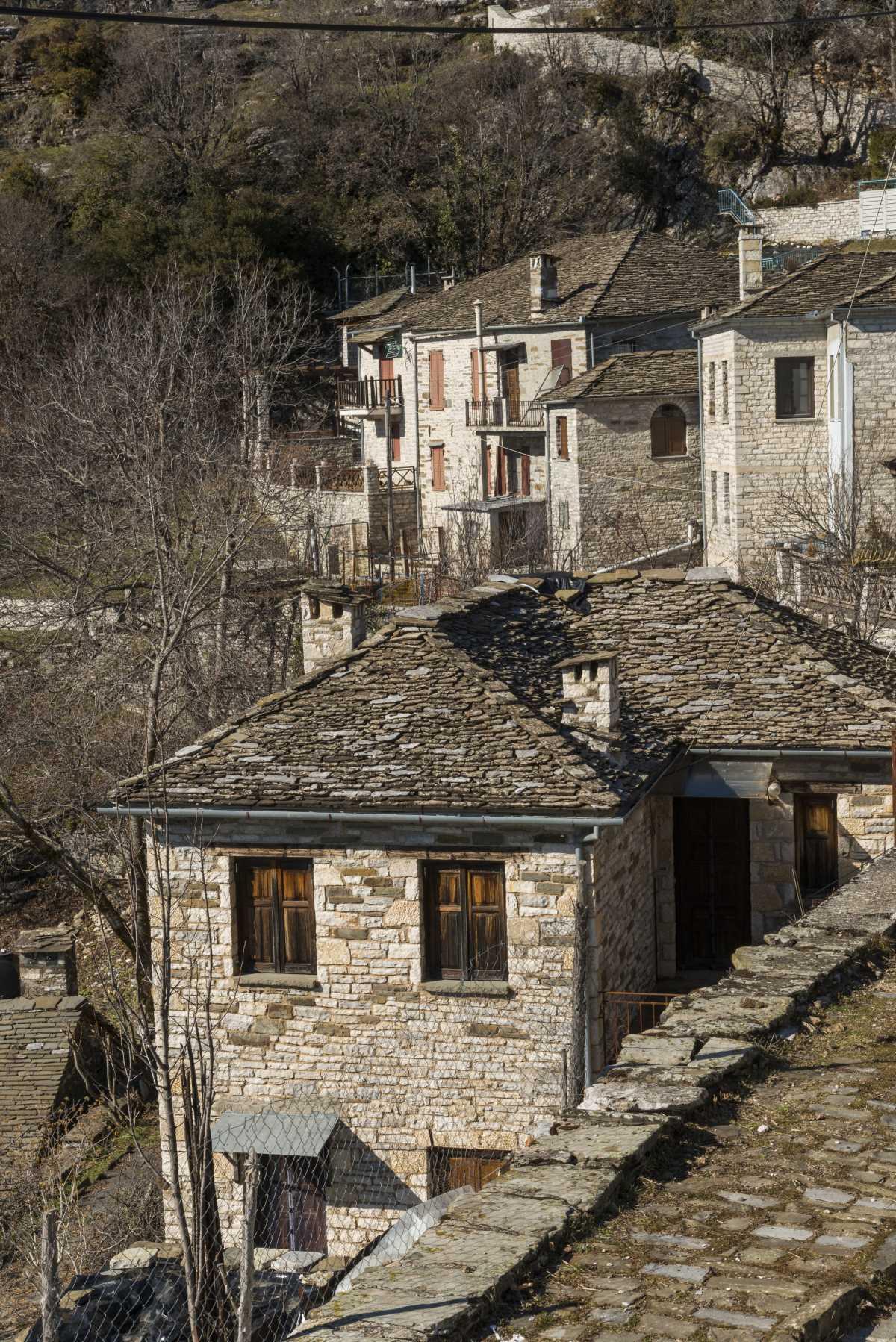 Σπίτια στο Καπέσοβο, Ζαγόρι