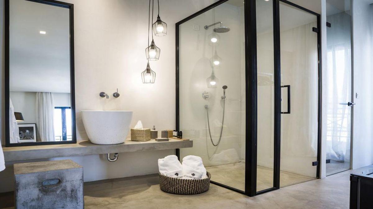 το μπάνιο στα δωμάτια