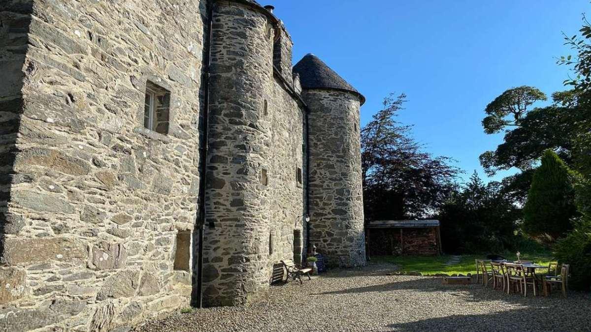 Kilmartin Castle εξωτερική αυλή
