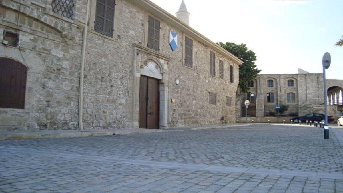 Μεσσιανικό Κάστρο Λάρνακας