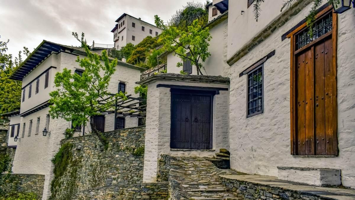 Η δημοφιλής Μακρινίτσα, ένα από τα πιο γνωστά χωριά του Πηλίου