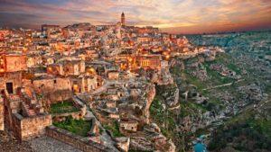 Ποιες είναι οι πιο δημοφιλείς χώρες στον κόσμο για διακοπές μετά την πανδημία – Η θέση της Ελλάδας
