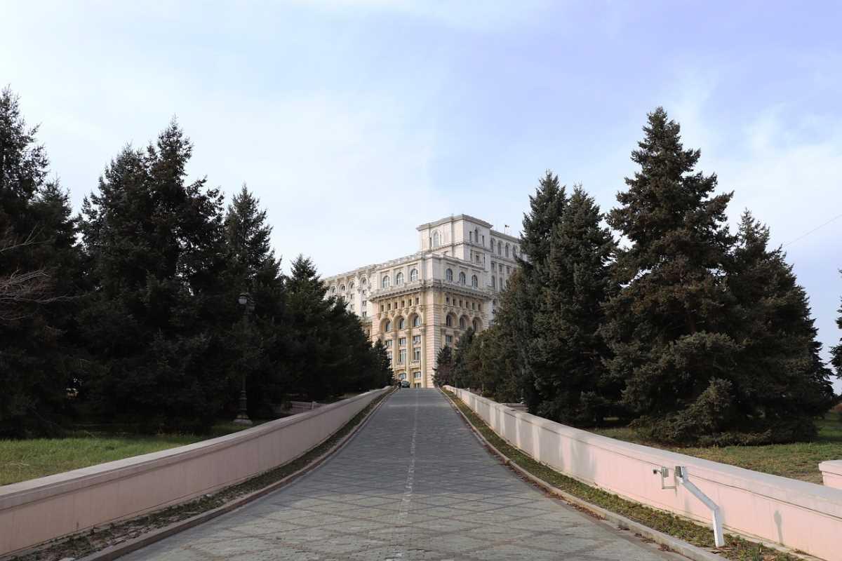 Στο Παλάτι της Βουλής