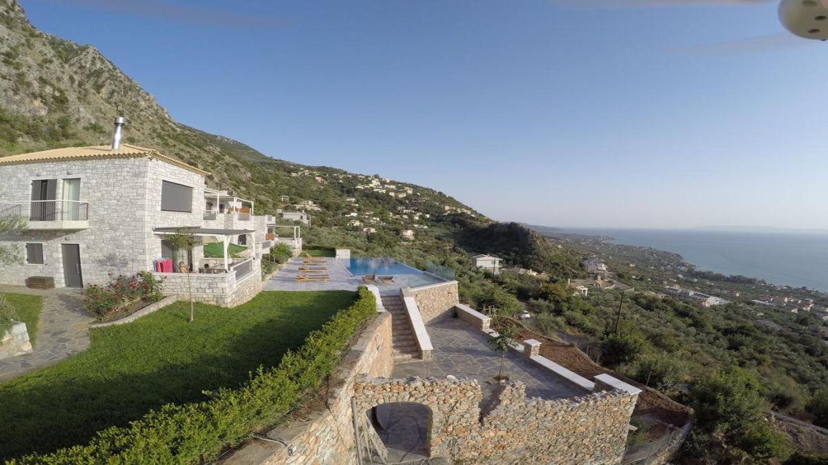 Petra Thea ξενοδοχείο με θέα