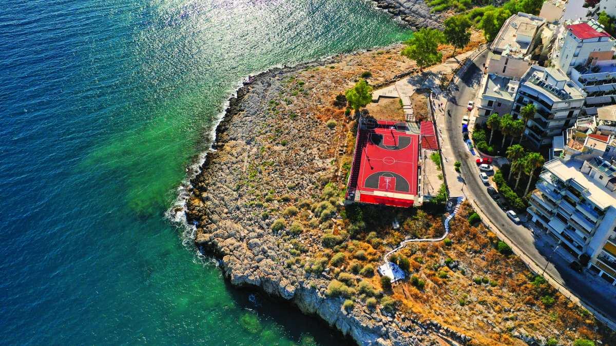 Μια ονειρική βόλτα από την Πειραϊκή στη Φρεαττύδα
