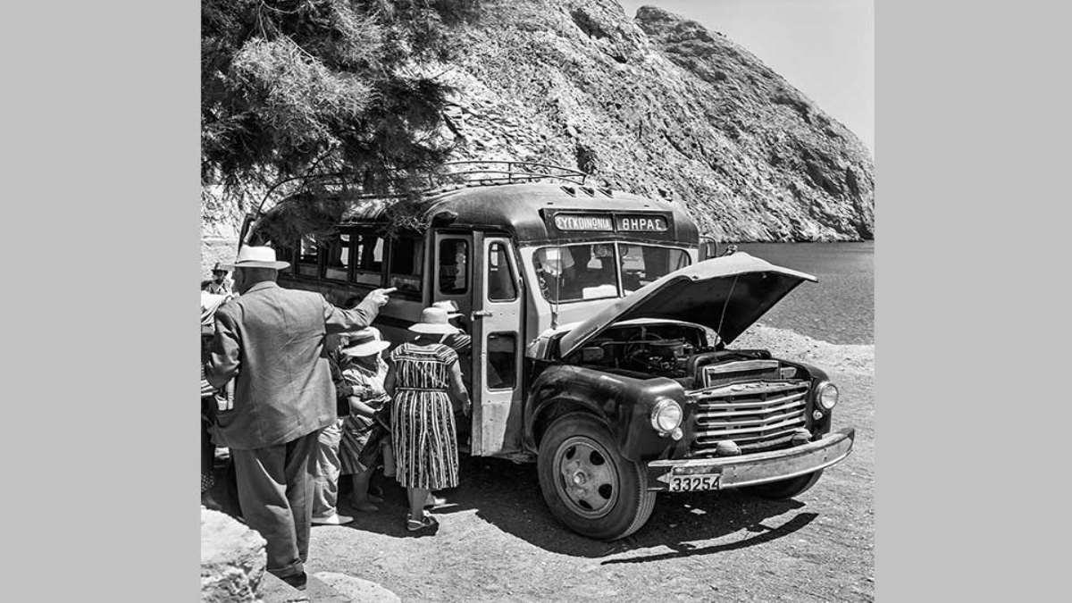 σαντορίνη 1950 μοναδικό λεωφορείο από περίσσα σε φηρά