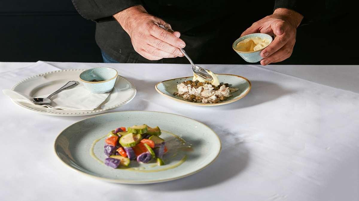 ταβέρνα σκορπίνα νέο ψυχικό πιάτα τραπέζι